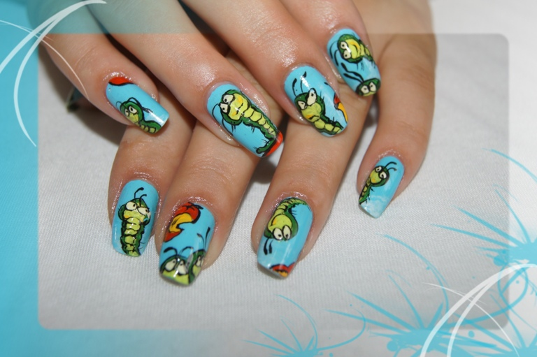 Червячки рисунки на ногтях