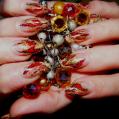 Аквариумный дизайн ногтей Gold and red